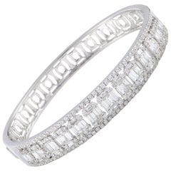 LB Exclusive White Gold Round and Baguette Diamonds Bangle Bracelet