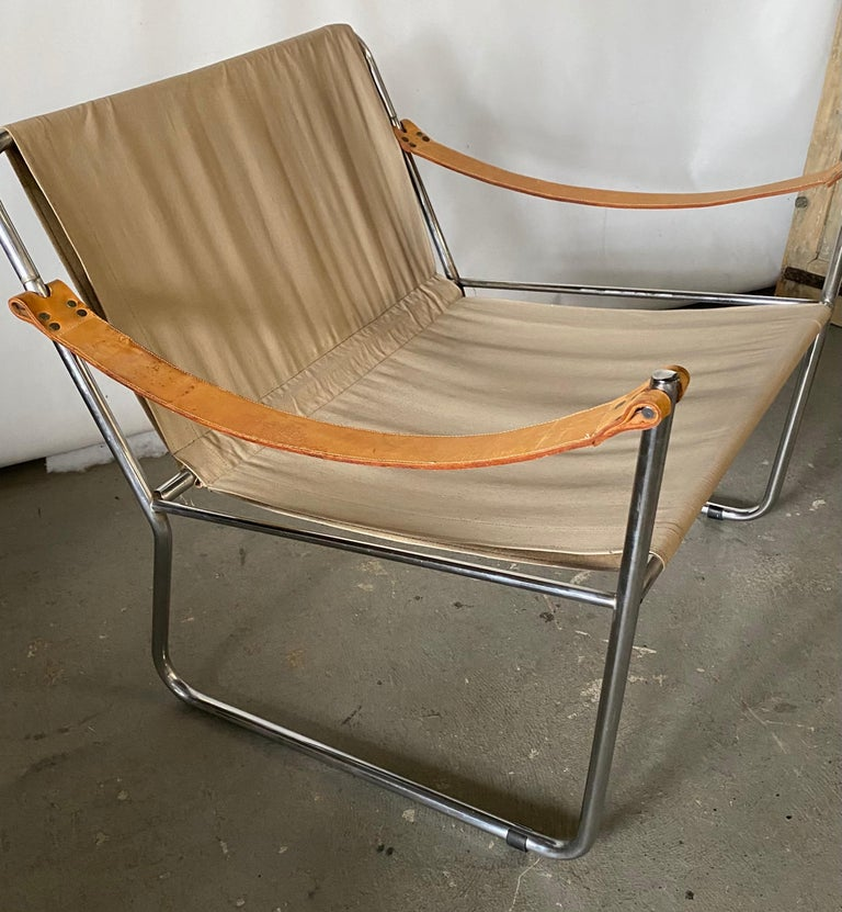 LC1 Style Canvas Sling Lounge Chair In Good Condition For Sale In Great Barrington, MA