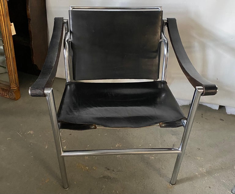 Mid-Century Modern LC1 Style Leather Lounge Chairs, Pair For Sale