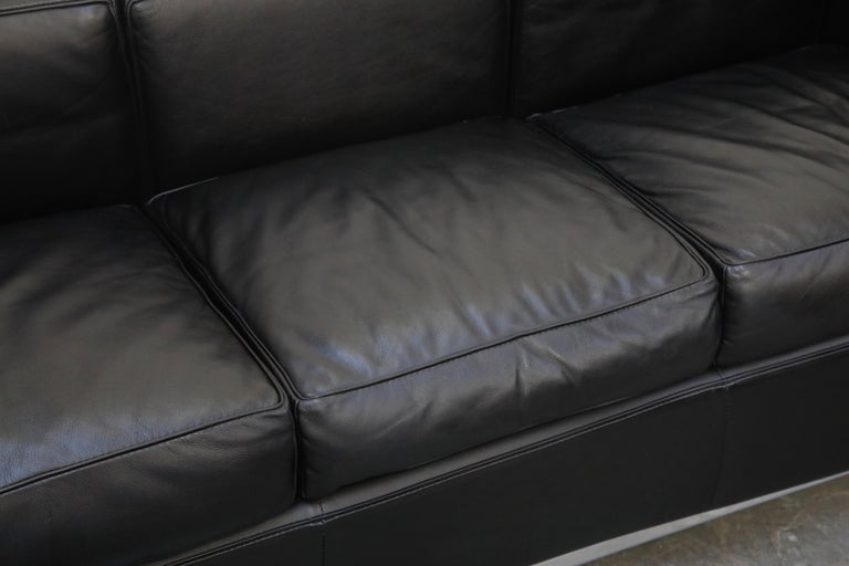 'LC2' Three-Seat Sofa in Black Leather by Le Corbusier for Cassina, Signed 5