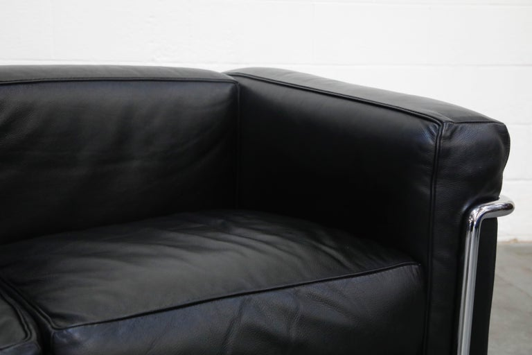 'LC2' Three-Seat Sofa in Black Leather by Le Corbusier for Cassina, Signed 8