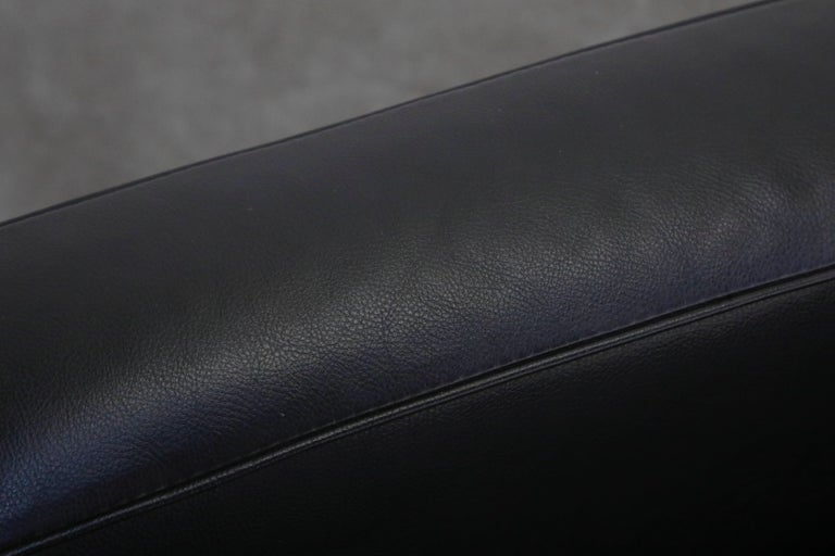 'LC2' Three-Seat Sofa in Black Leather by Le Corbusier for Cassina, Signed 10
