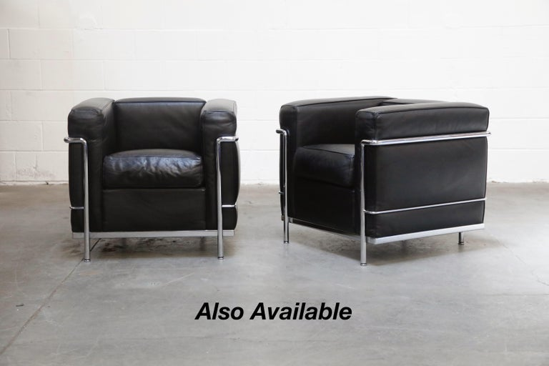 'LC2' Three-Seat Sofa in Black Leather by Le Corbusier for Cassina, Signed 13