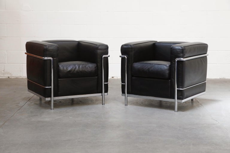 'LC2' Three-Seat Sofa in Black Leather by Le Corbusier for Cassina, Signed 14