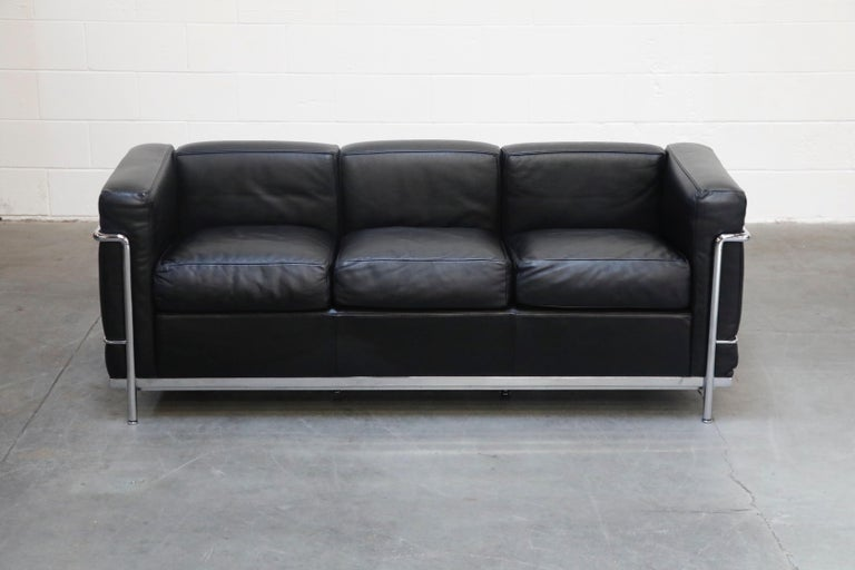 Bauhaus 'LC2' Three-Seat Sofa in Black Leather by Le Corbusier for Cassina, Signed