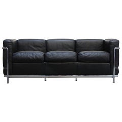 'LC2' Three-Seat Sofa in Black Leather by Le Corbusier for Cassina, Signed