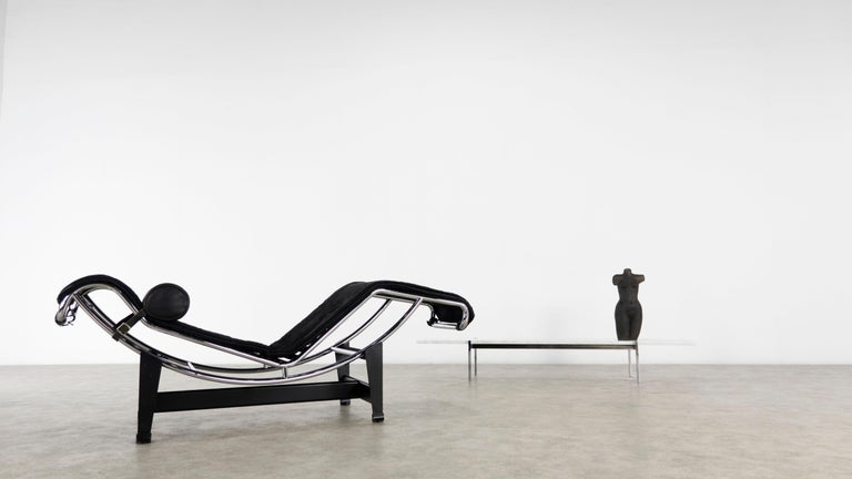 Bauhaus LC4 Black Pony Chaise by Le Corbusier for Cassina, 'Italy'