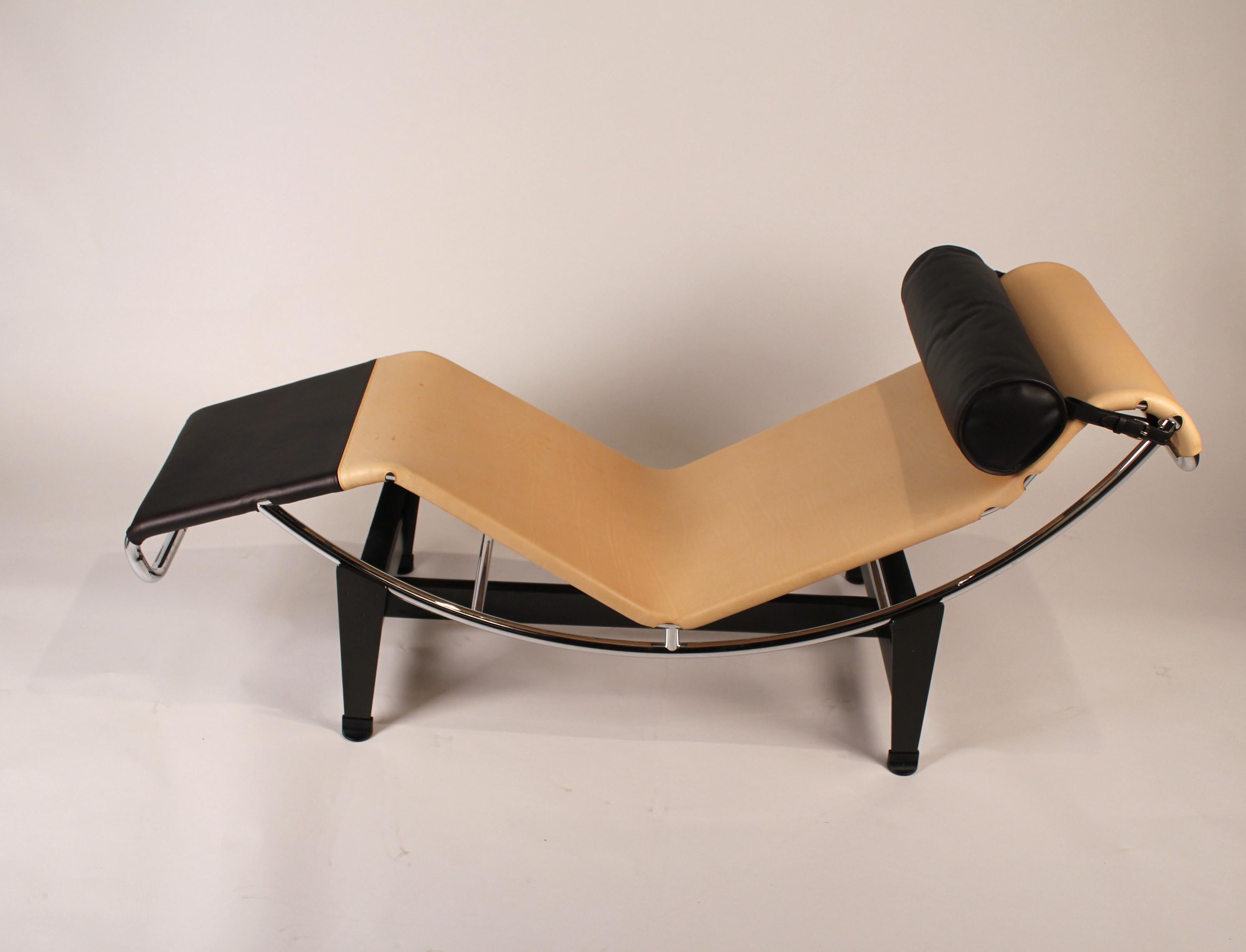 Awesome Lc4 Lounge Designed By Le Corbusier Louis Vuitton Creativecarmelina Interior Chair Design Creativecarmelinacom
