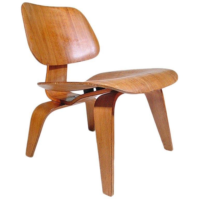 LCW Occasional Chair by Eames for Herman Miller In Good Condition For Sale In Van Nuys, CA