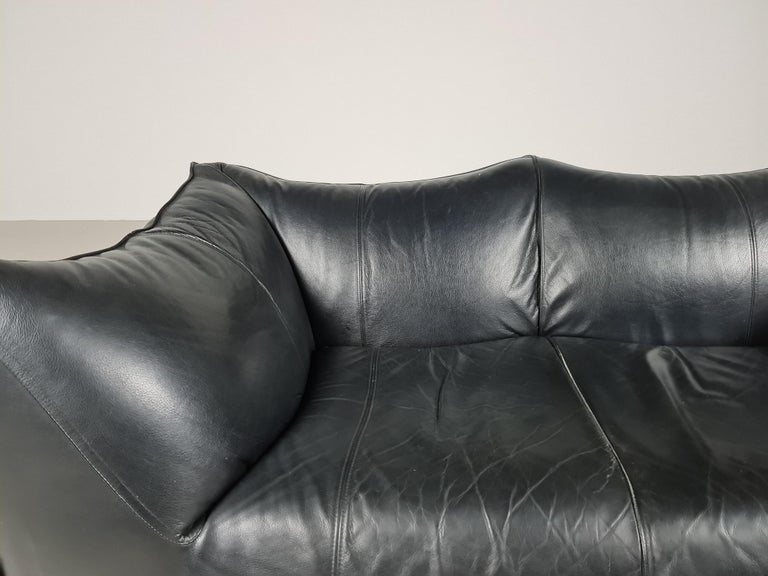 Le Bambole 2-Seater Sofa by Mario Bellini for B&B Italia, 1970s In Good Condition For Sale In amstelveen, NL