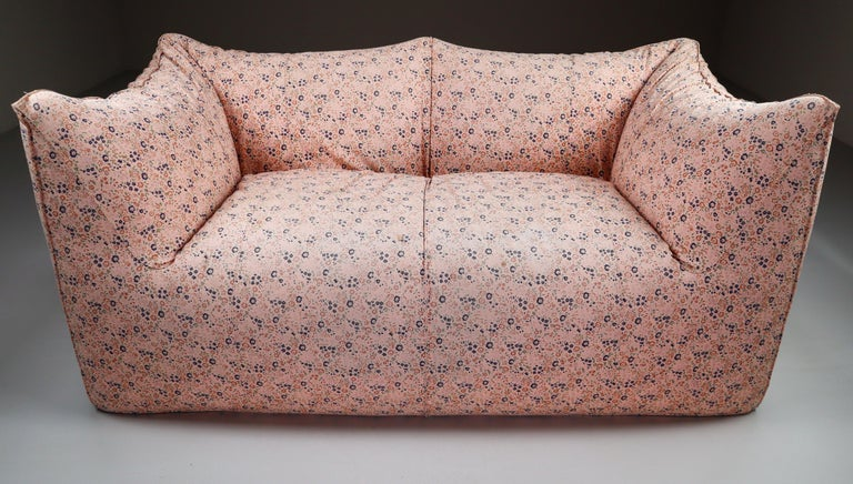 """Original floral two-seat sofa """"Le Bambole"""" by Mario Bellini for B & B Italia. Manufactured in Italy during the 1970s. Really comfortable sofa in original floral fabric. Almost 50 years old, but the sofa remains in good condition with minor traces of"""