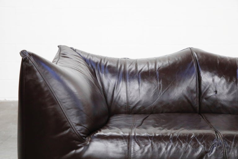 'Le Bambole' Thick Hide Leather Loveseat by Mario Bellini for B&B Italia, Signed For Sale 4