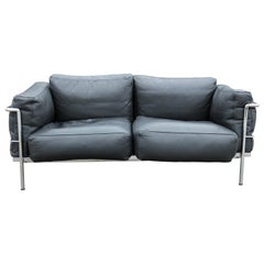 Le Corbusier Black Leather Sofa with Tubular Steel Frame by Gordon International