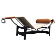 Le Corbusier Canvas and Leather Chaise Longue by Cassina