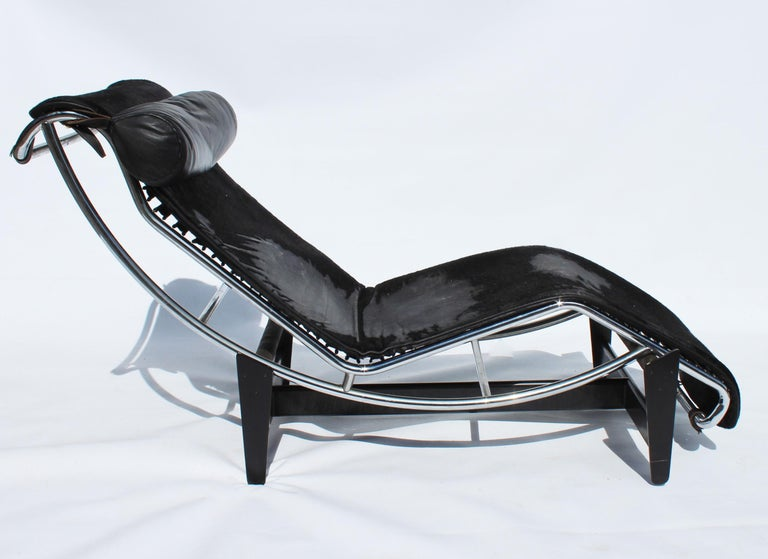 Italian Le Corbusier Chaise, Model LC4, for Cassina, 1960s For Sale