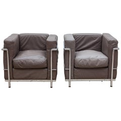 Le Corbusier Gray Leather Cassina Set of Two Lounge Chairs