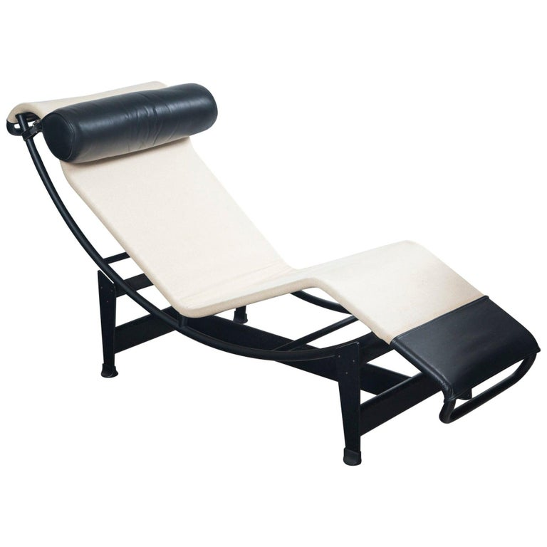 Le Corbusier, Jeanneret and Charlotte Perriand LC4 Chaise Lounge For Sale