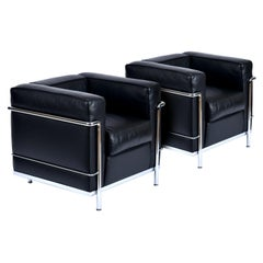 Le Corbusier LC2 Chair by Cassina Made in Italy Chrome and Black Leather