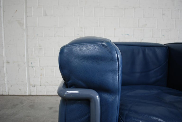 Le Corbusier LC2 Leather Armchair by Cassina 7