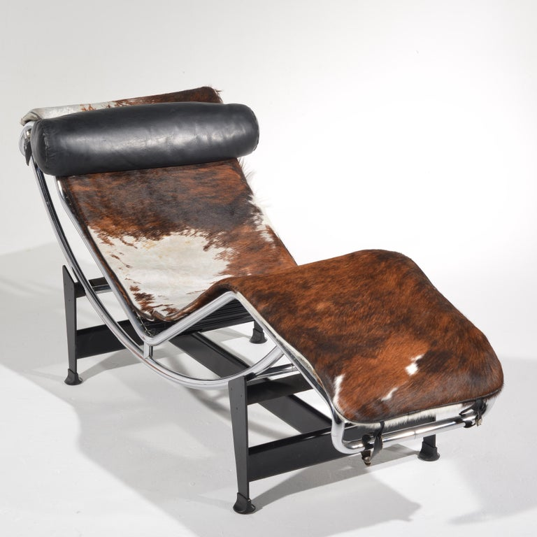Italian Le Corbusier LC4 Chaise Lounge for Cassina For Sale