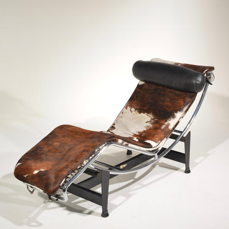 Mid-20th Century Le Corbusier LC4 Chaise Lounge for Cassina For Sale