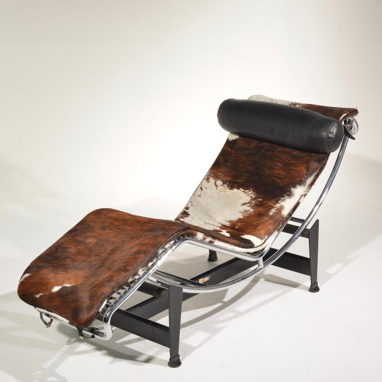 Steel Le Corbusier LC4 Chaise Lounge for Cassina For Sale