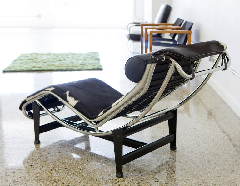 Le Corbusier LC4 Chaise with Chrome Frame, Natural Hide by Gordon International 3