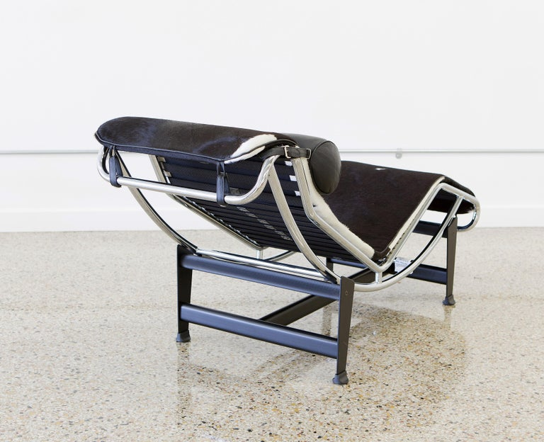 Le Corbusier LC4 Chaise with Chrome Frame, Natural Hide by Gordon International 4