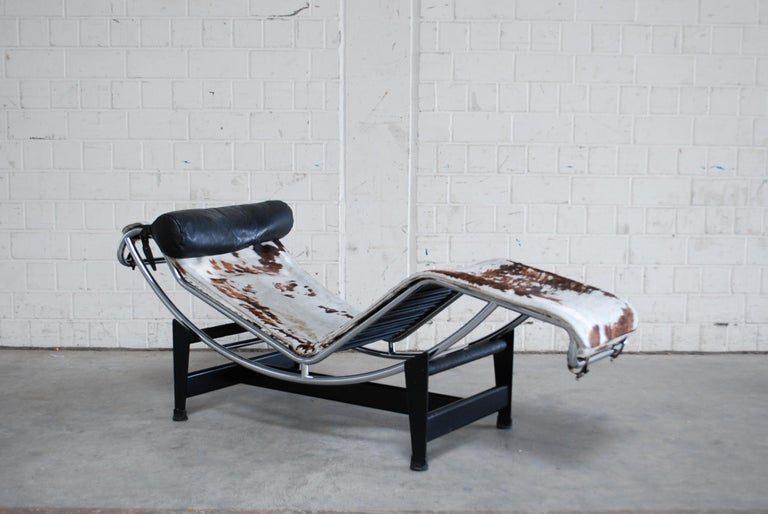 Le Corbusier LC4 Pony Leather Chaise Longue by Cassina, 1970s 3