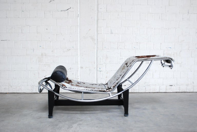 Le Corbusier LC4 Pony Leather Chaise Longue by Cassina, 1970s 4