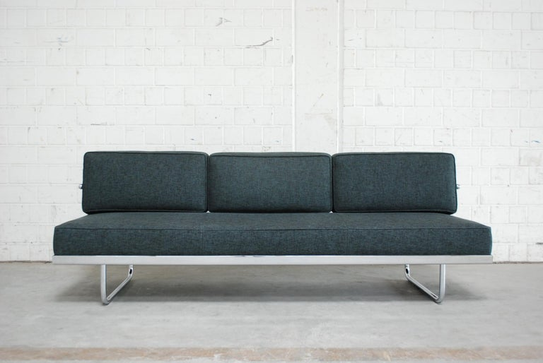 Le Corbusier Lc5 F Daybed Sofa By Cassina 1998 Im