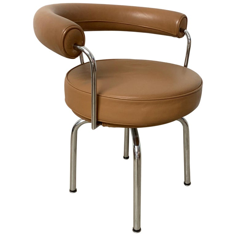 """Le Corbusier, Perriand, Jeanneret """"LC7"""" Chair for Cassina, 1970s For Sale"""