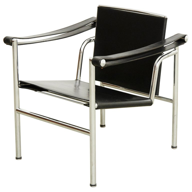 Le Corbusier, Pierre Jeanneret Charlotte Perriand LC1 Black Leather Lounge Chair For Sale