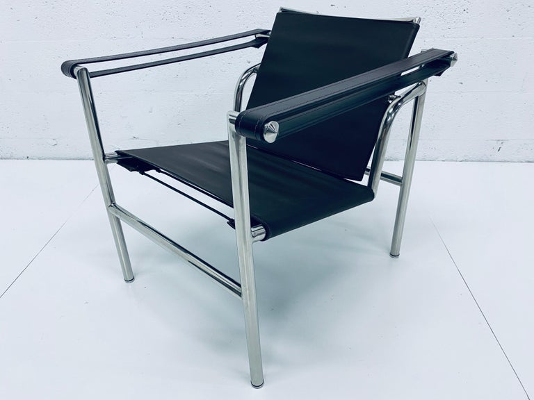 Le Corbusier, Pierre Jeanneret Charlotte Perriand LC1 Brown Leather Lounge Chair For Sale 6