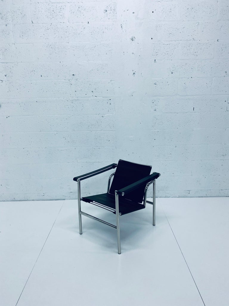 Le Corbusier, Pierre Jeanneret Charlotte Perriand LC1 Brown Leather Lounge Chair For Sale 12