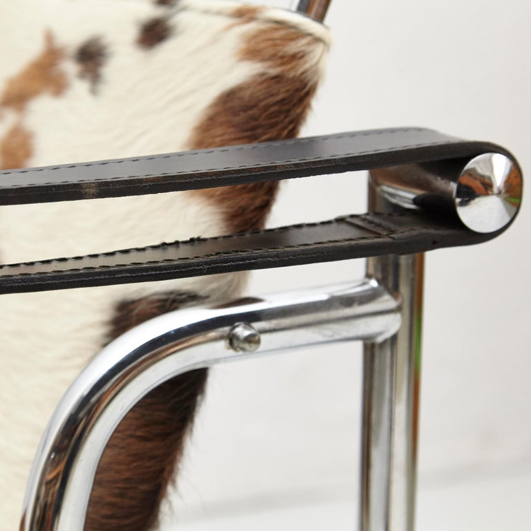 Le Corbusier, Pierre Jeanneret, Charlotte Perriand LC1 Pony Skin Lounge Chair For Sale 3