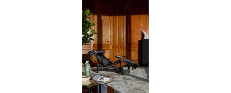 Italian Le Corbusier, Pierre Jeanneret, Charlotte Perriand LC4 Noire Chaise Lounge For Sale