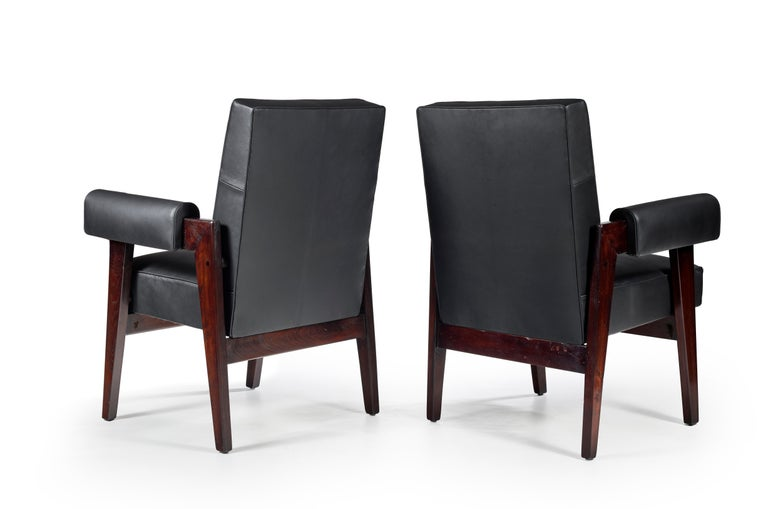Indian Le Corbusier & Pierre Jeanneret, LC/PJ-SI-41-A, Advocate and Press Chair For Sale