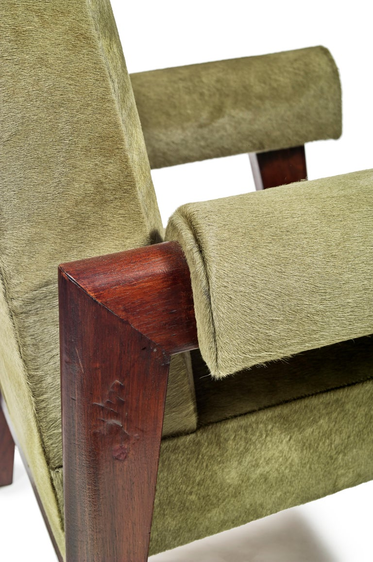 Animal Skin Le Corbusier & Pierre Jeanneret, LC/PJ-SI-43-A, Juge Chair For Sale
