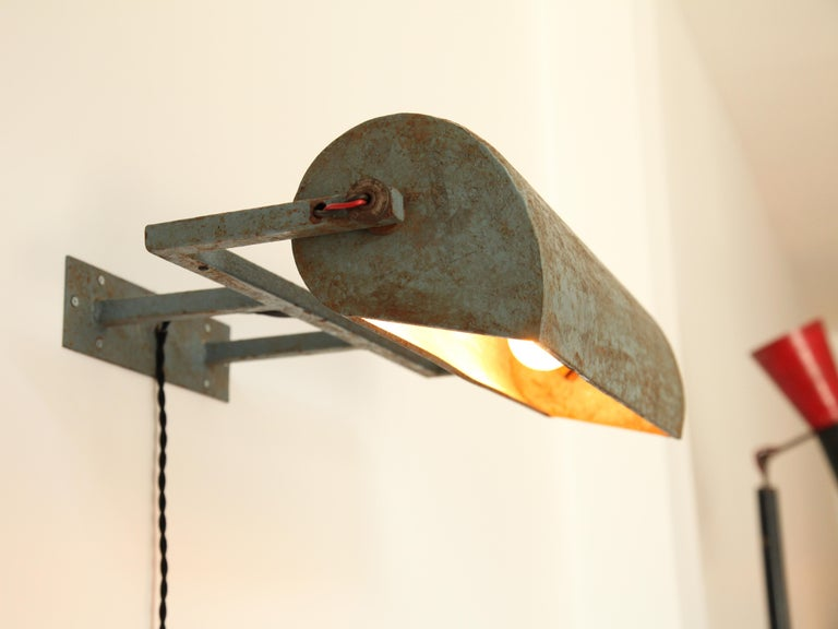 Le Corbusier, Rare LCII Wall Lamps, circa 1954 In Distressed Condition For Sale In Brooklyn, NY