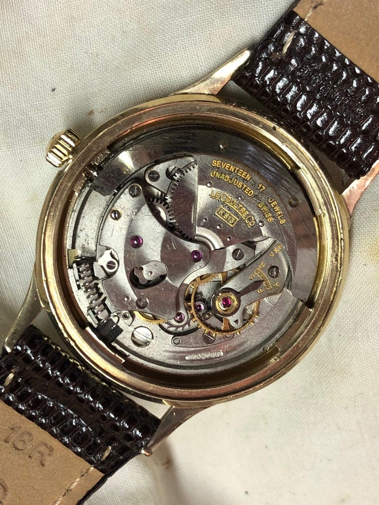 Le Coultre Men's Master Mariner 14-Karat Gold Watch with Box and Papers For Sale 9