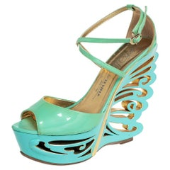 Le Silla Pistachio Green Patent Leather Butterfly Wedge Sandals Size 39.5