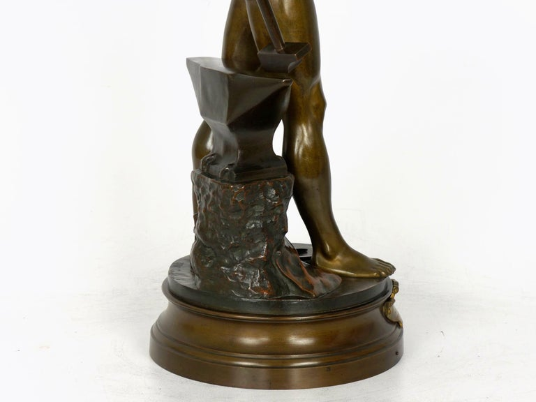 """""""Le Trevail"""" French Antique Bronze Sculpture of Blacksmith by Maurice Constant For Sale 14"""