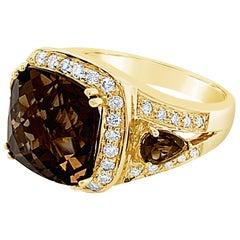 Le Vian Ring with Chocolate Quartz Vanilla Diamonds Set in 14 Karat Honey Gold