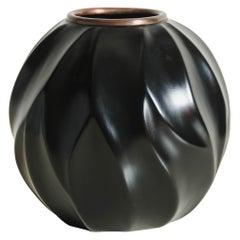 Leaf Jar with Copper Rim in Black Lacquer by Robert Kuo, Limited Edition