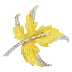 Leaf with Diamond Yellow Gold Brooch