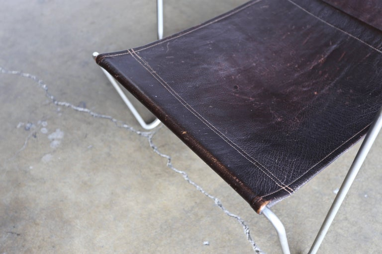 Leather 'Bachelor' Chair by Verner Panton for Fritz Hansen For Sale 4