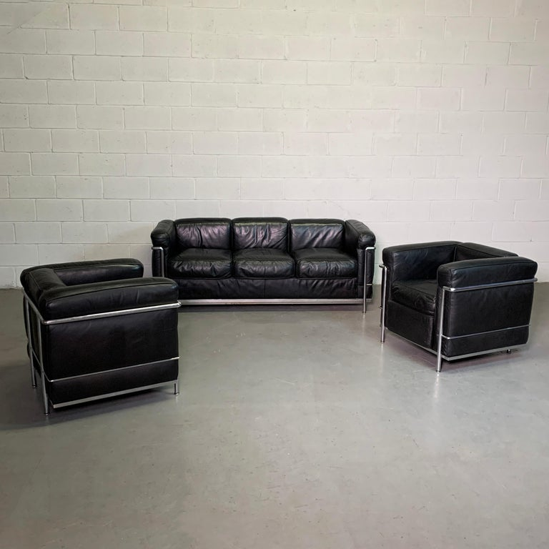 20th Century Leather and Chrome LC2 Club Chairs by Le Corbusier for Cassina For Sale