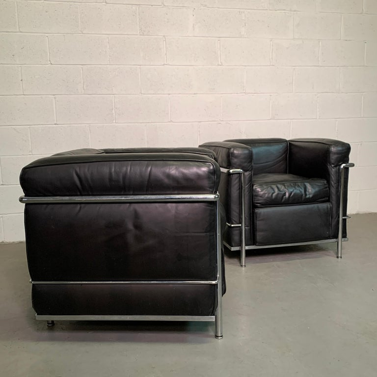 Leather and Chrome LC2 Club Chairs by Le Corbusier for Cassina For Sale 2
