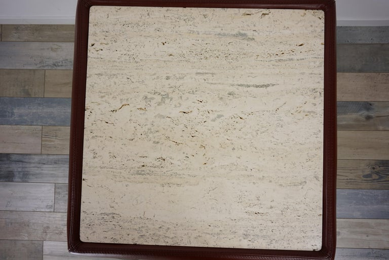 Leather and Travertine Square Coffee Table In Good Condition For Sale In Halluin, FR